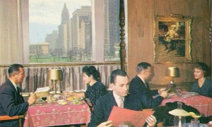 POSTCARD - CHICAGO - PRUDENTIAL BUILDING - GIBRALTER ROOM RESTAURANT - INTERIOR - WINDOW ON MICHIGAN - c1960